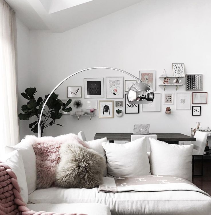 Entrepreneuress 101: a beautiful vision board for your office — The Decorista