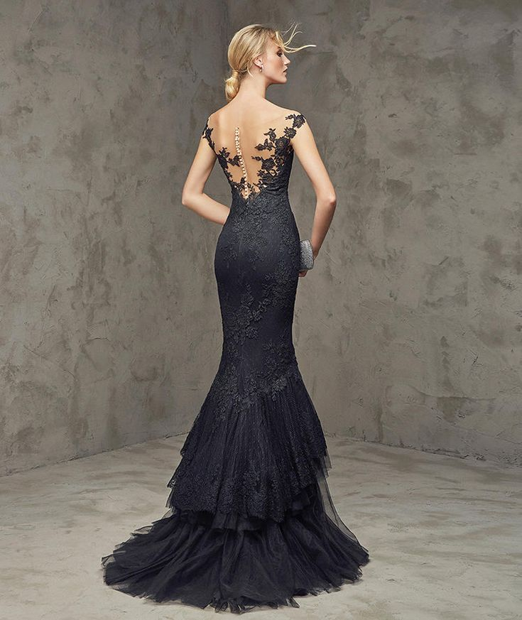 fuvial vestido noiva 2016 style fashion pinterest cocktailkleider extravagante kleider. Black Bedroom Furniture Sets. Home Design Ideas