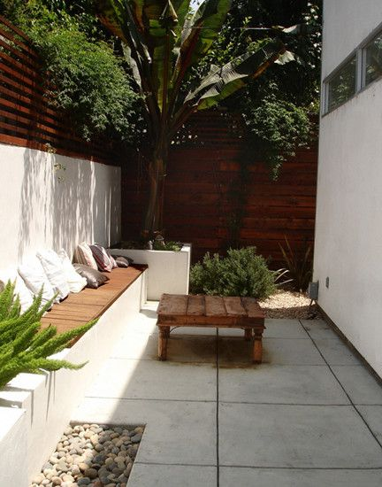 Jazzy Contemporary House in Minimalist Design: Awesome Modern Patio Design Minimalist Furniture Jackson House