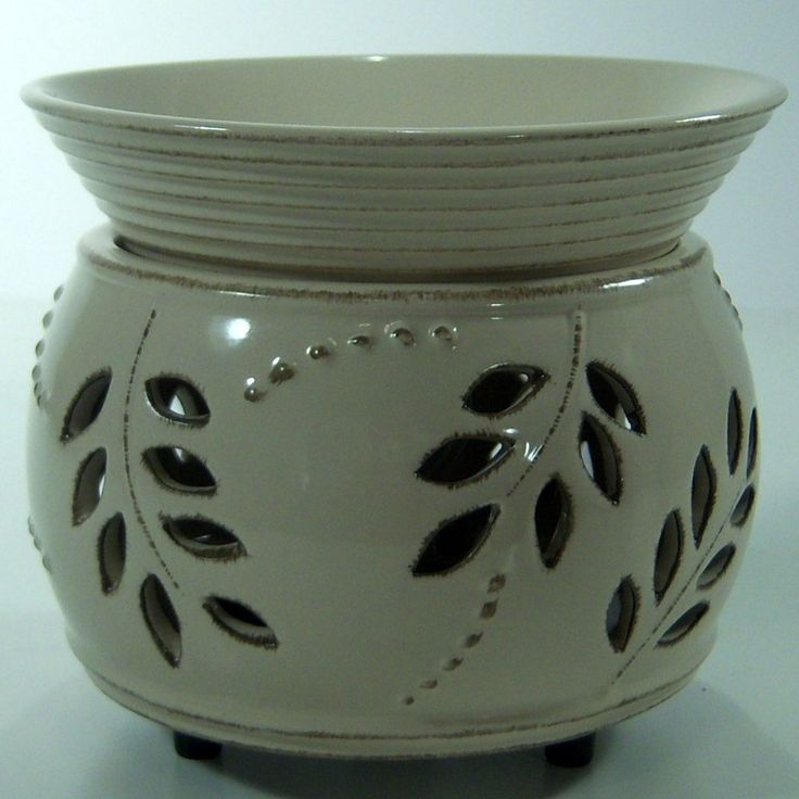 Yankee Candle Leaf & Berry Electric Wax Melts Warmer Tarts Lights Up!! White #YankeeCandle #Floral