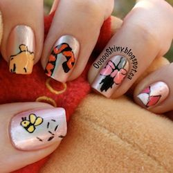 Winnie the Pooh Nails- Very cute  Instead of Pooh I would do I jar of hunny.