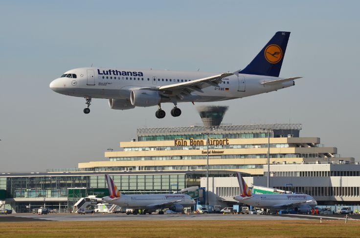 11,9 Mio. Fluggäste und Luftfracht mit Allzeithoch  Köln, 30. Dezember 2016:Das Jahr 2016 endet für denKöln Bonn Airportmit zwei neuen Rekorden: 11,9 Millionen Passagiere nutzten den Flughafen in den vergangenen zwölf Monaten.   #Eurowings #Köln Bonn Airport #Lufthansa
