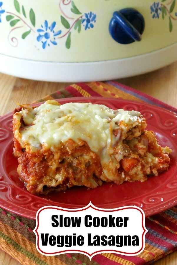Crock Pot Veggie Lasagna - Easy, healthy recipe! Packed with vegetables including onions, mushrooms, carrots and zucchini, but you can add meat too! #lasagna #slowcookerlasagna #crockpotlasagna #cleaneating #cleaneatingrecipes