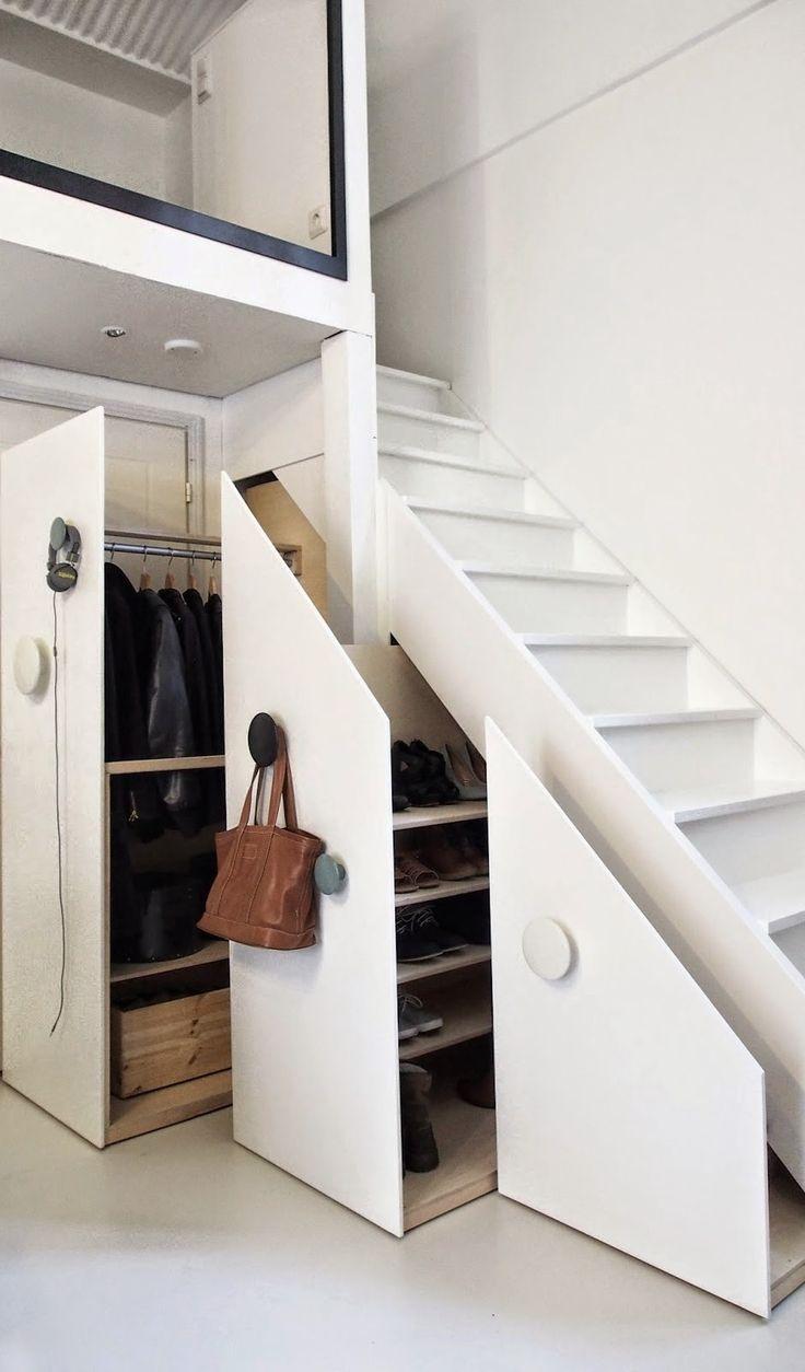 Feng shui chambre sous pente - Idee de rangement sous escalier ...