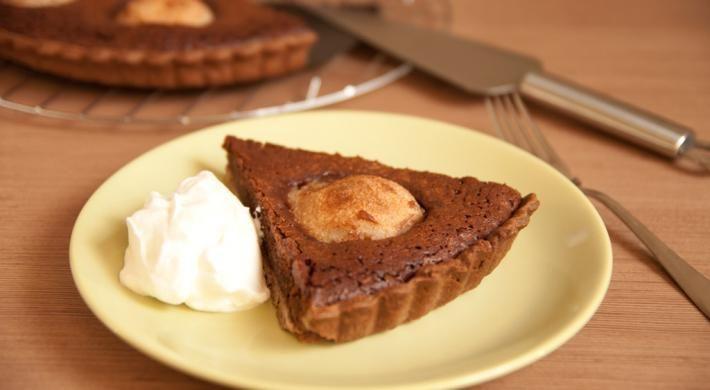 Tarta cu ciocolata si pere