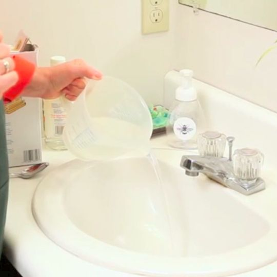 You'll love this trick for how to use baking soda and vinegar to clean your drains in 30 seconds.