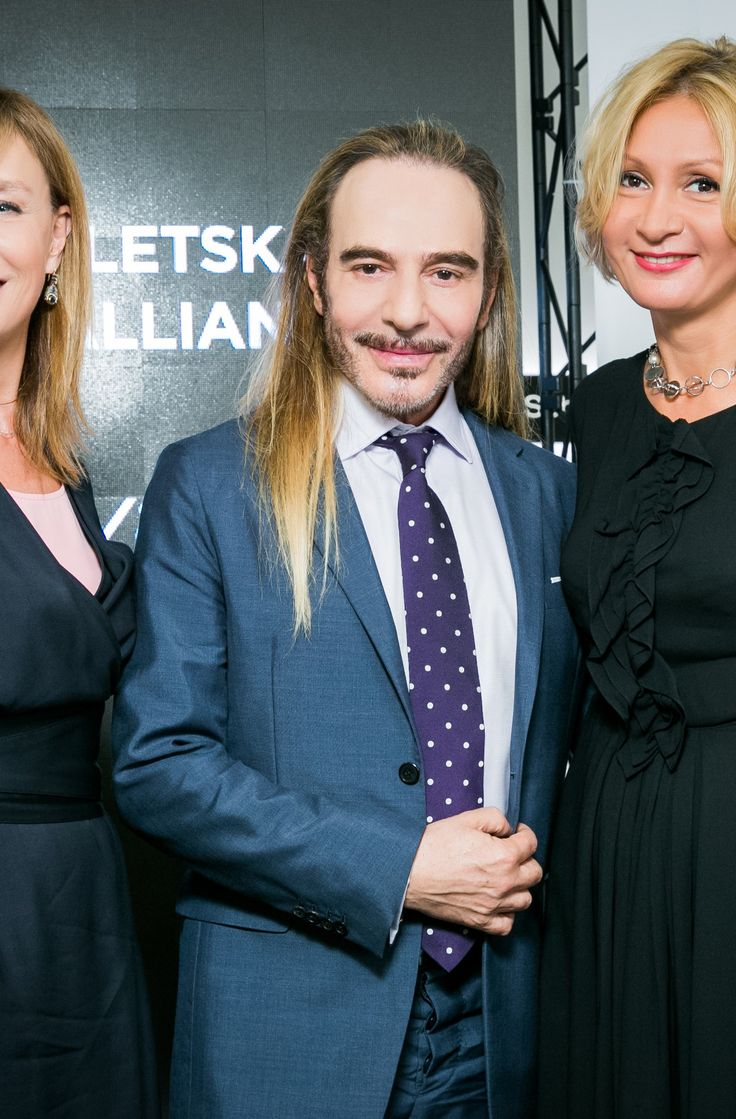 Alyona Doletskaya, John Galliano (L'Etoile Art Director), Tatiana Volodina (L'Etoile General Manager) ,may 2016,Moscow