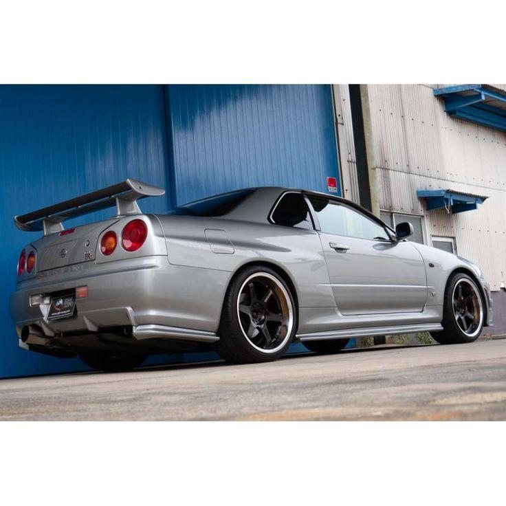 Nissan Skyline GTR R34 for sale in Japan at JDM EXPO JDM