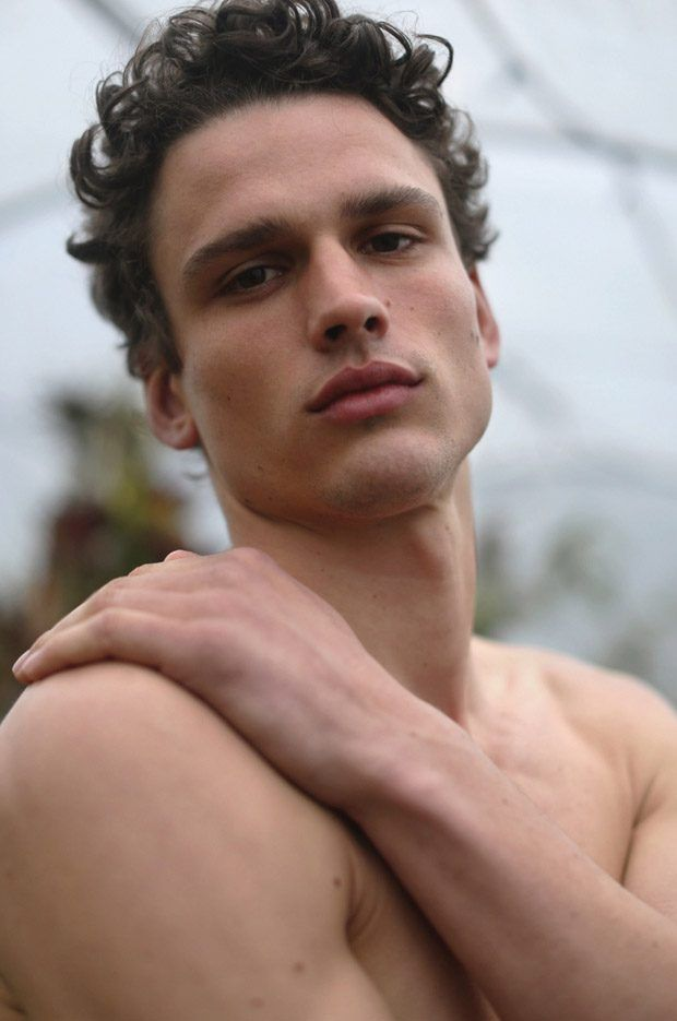Simon Nessman Stars in the Cover Story of L'Officiel Hommes Brazil