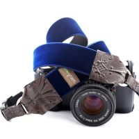 'Noel' Velvet Camera Strap