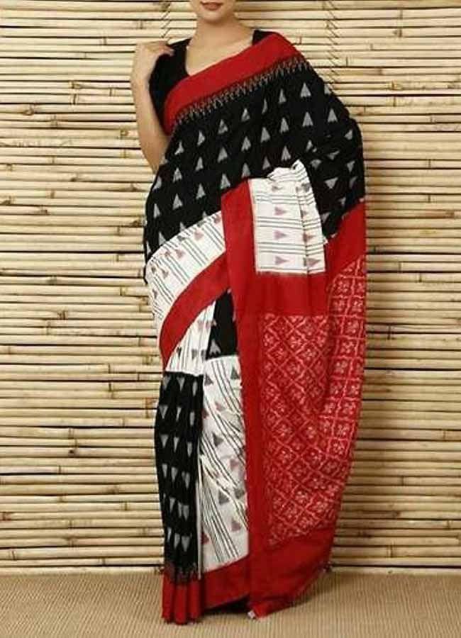 30edad3561 Pochampally Ikkat Cotton Black Color Saree Body Colour: :Black & White Pallu  Colour :Maroon Blouse Colour :Same As Blouse Washing Care :Only Dry Wash.