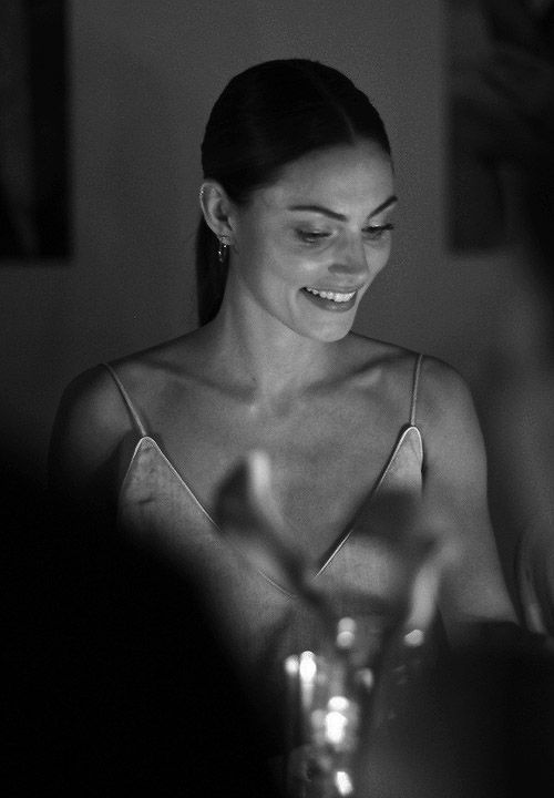 Phoebe Tonkin black and white #photography #style #fashion