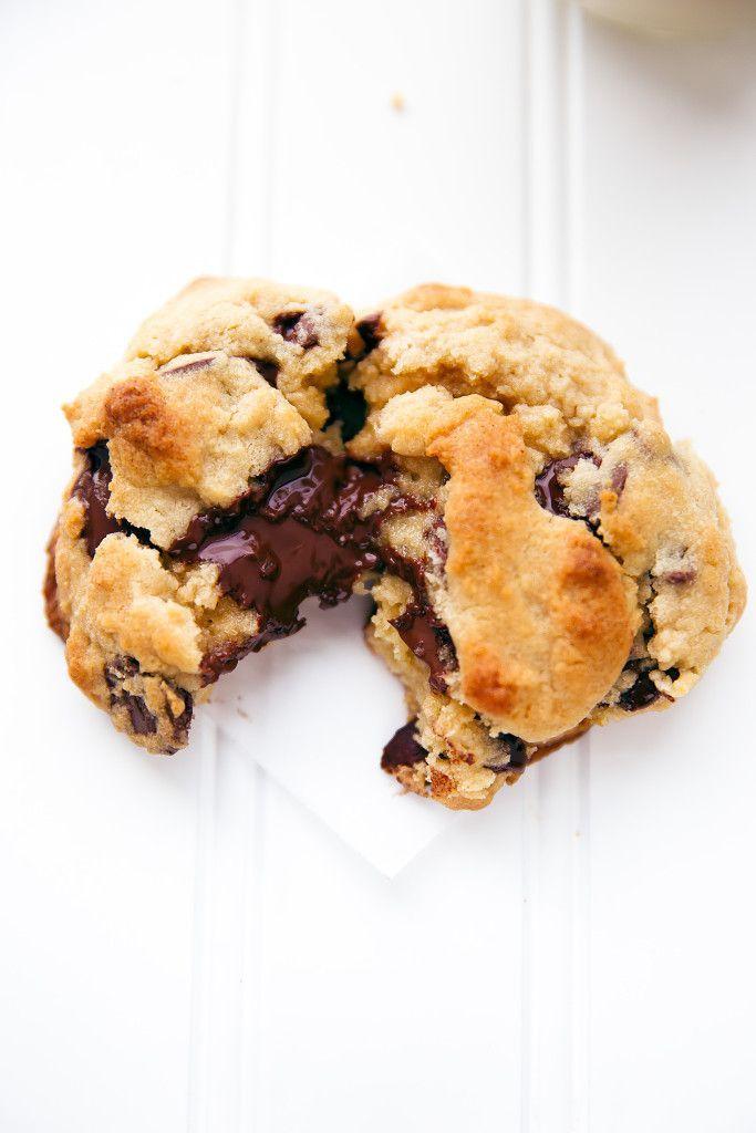 levain bakery copycat chocOlate chip cookies