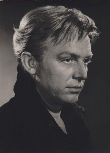 Иннокентий Смоктуновский, Народный артист СССР, 28.03.1925 - 03.08.1994