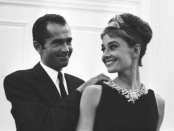 """an analysis of the film breakfast at tiffanys by blake edwards Breakfast at tiffany's (1961) – blake edwards i think """"breakfast at tiffany's"""" is a movie that bumps up against greatness (1961) – blake edwards."""