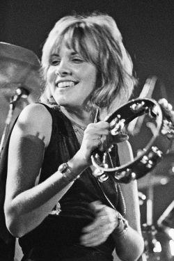crystallineknowledge:  Fleetwood Mac Live, 1975 HQ copy: X