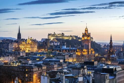 Hidden Spas, Castles, and Cozy Pubs — Edinburgh is Full of Surprises