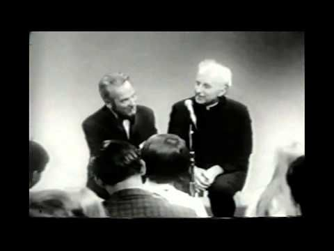 ▶ Gene Krupa Talks About Drummers and Drumming - YouTube