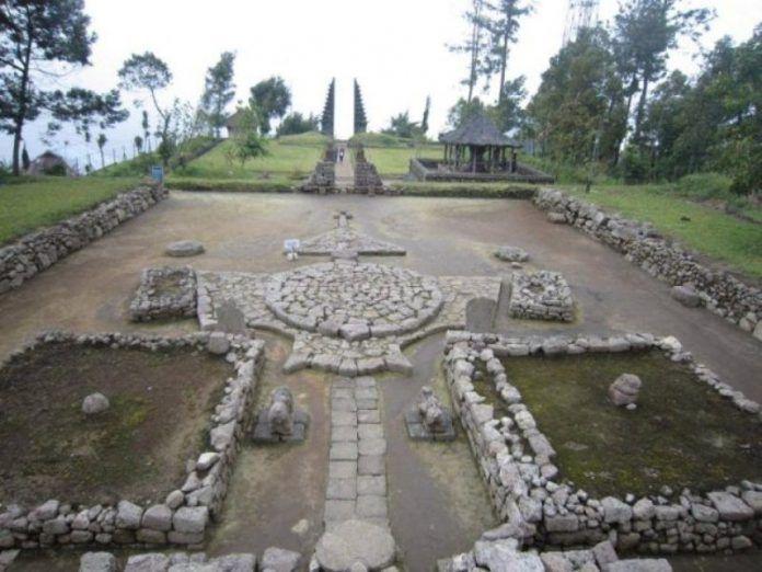 Candi Cetho, Situs Hindu di Lereng Barat Gunung Lawu