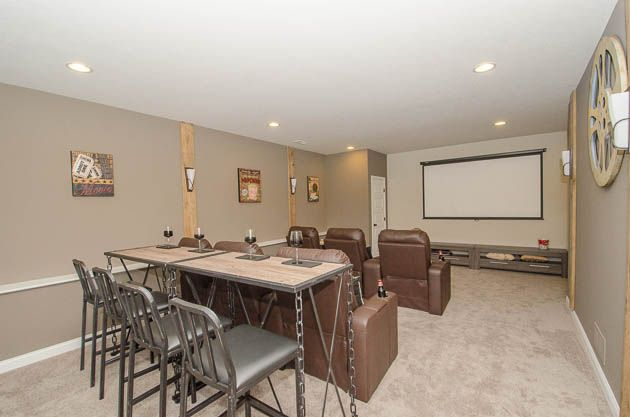 Awesome townhouse with Basement