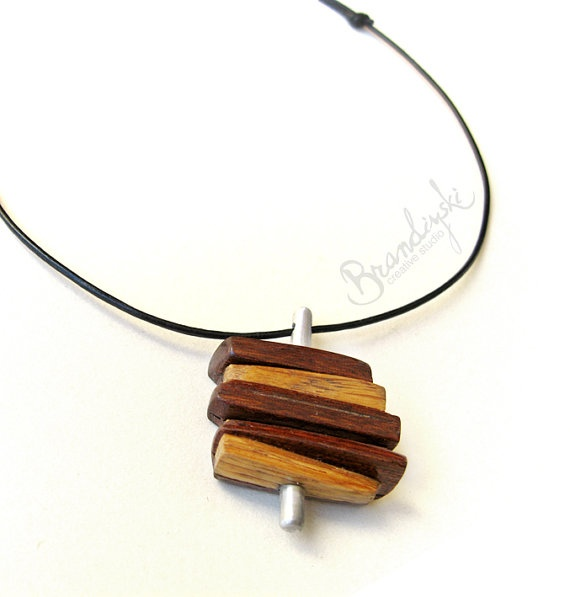 1000 images about intarsia on pinterest wood bees for How to make a wooden pendant