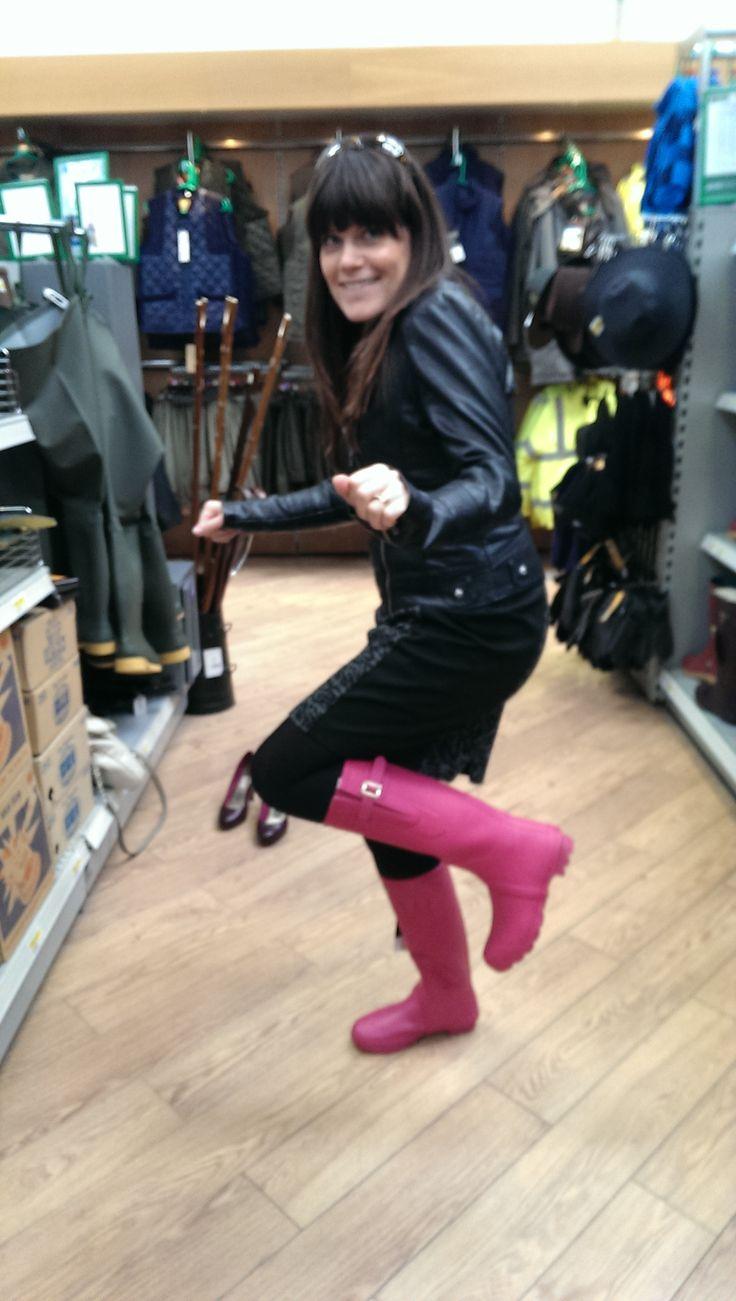 Kelly rocking her #wellies  http://www.molevalleyfarmers.com/mvf/store/brand/toggi
