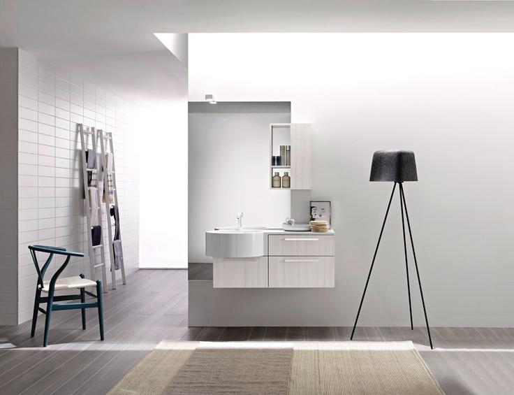 FLY 109 - Venato Latte. Integrated countertop Orion mineral marble.