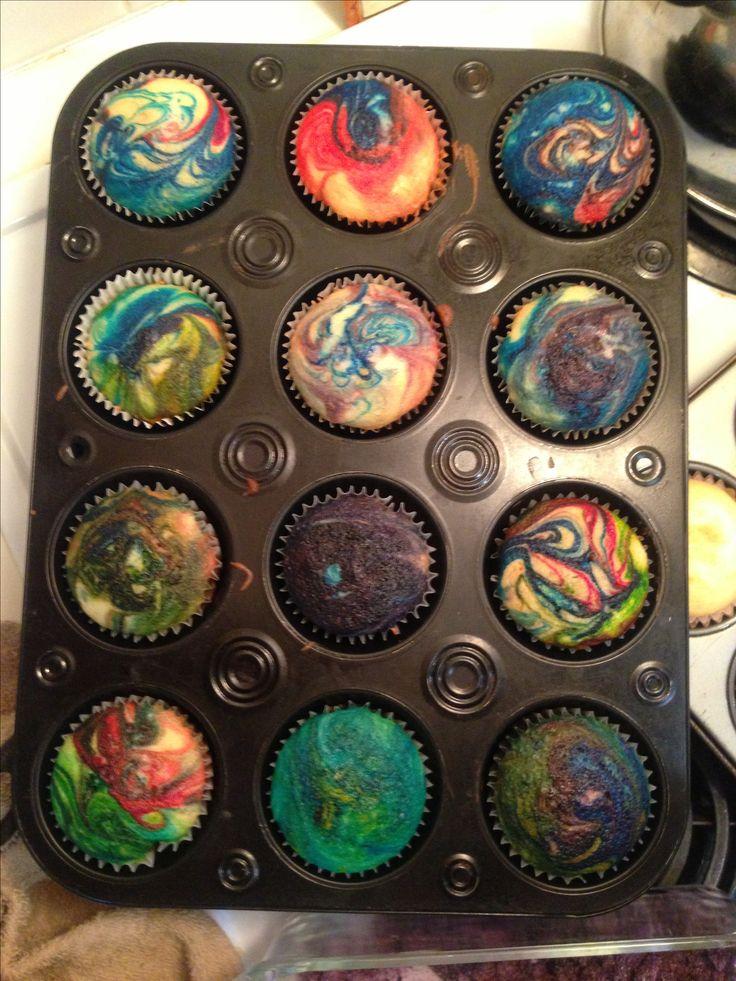 Galaxy Rainbow Swirl Cupcake Love it! @Renee Peterson Castagno