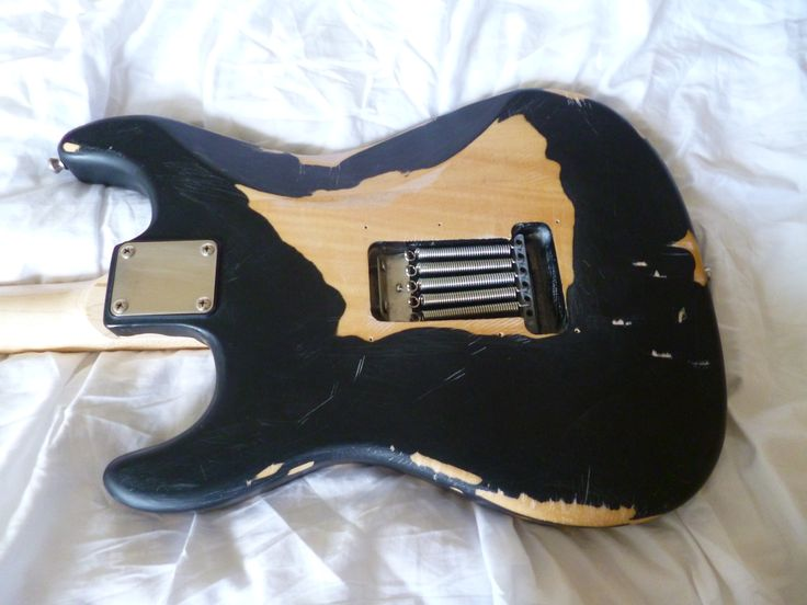 EC Blackie copy. Base guitar is Legend (Aria)