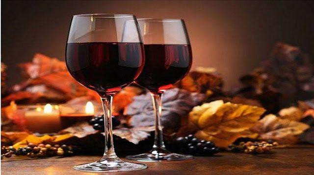 Ароматное, не дурманящее. но легко поднимающее настроение домашнее вино из смородины. Вкус его немного терпкий, не приторный, в меру сладкий, и по изысканному утонченный. Такое вино дополнит любые …