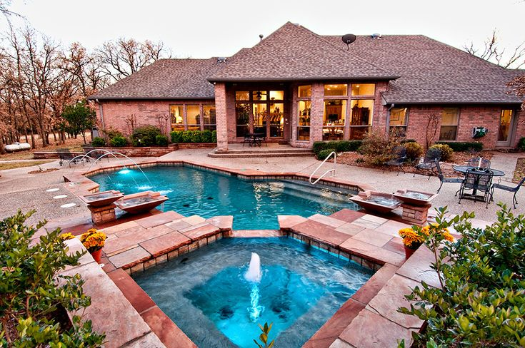 Ft. Worth Custom Pool Design photos, Weatherford, Keller : Pulliam - 215 Traditional Pool and Spa, LED Deck Jets, Wok Bowl Fountains, Multilevel Steps, Interfab Hand Rail, Aggregate Decking