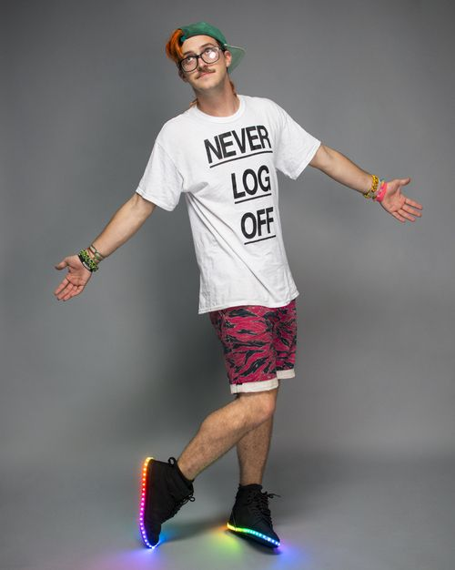 Ary from Anamanaguchi in my NEVER LOG OFF shirt via Firewalker... #NEVERLOGOFF