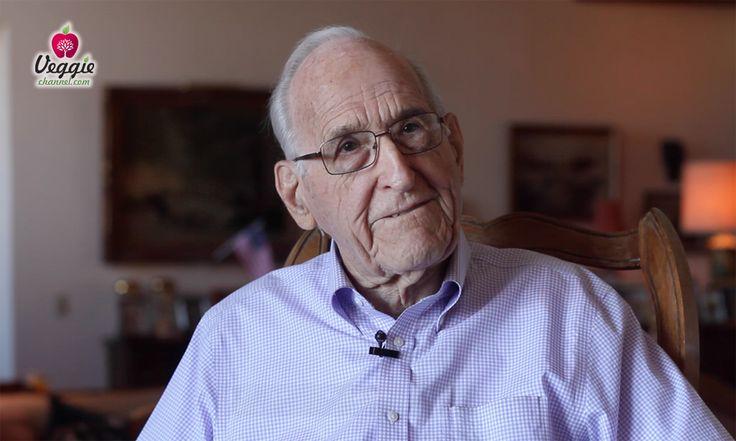 Dr. Ellsworth Wareham - 98 years old vegan http://www.veggiechannel.com/IT/3/e32bdfc4-28d7-420a-938d-d6395ebdfb92/Dr_Ellsworth_Wareham_-_98_years_old_vegan.aspx