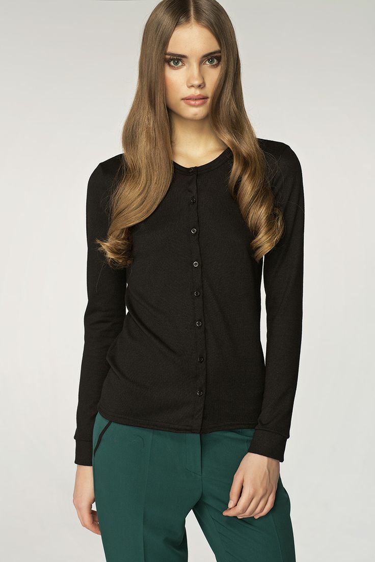 #sweater #black #jumper   http://www.sklep.nife.pl/index.php?id=produkt&category=40&item=680
