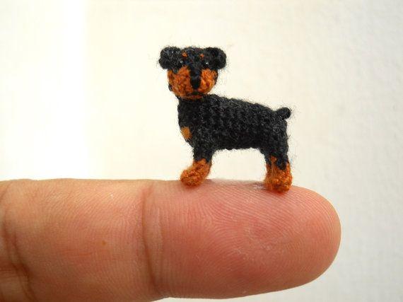 Miniature Rottweiler Puppy Dog  Tiny Crochet Mini van SuAmi op Etsy