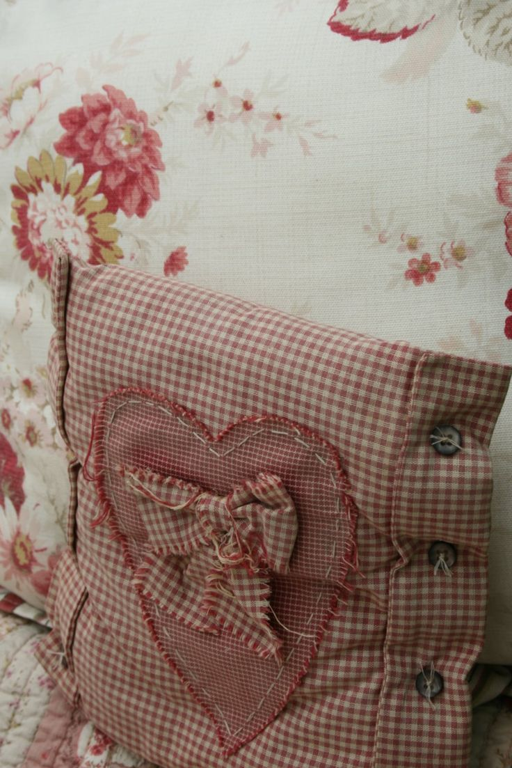 Cute Pillow Sewing Patterns : 68 best Gingham images on Pinterest Chess, Red gingham and Country curtains