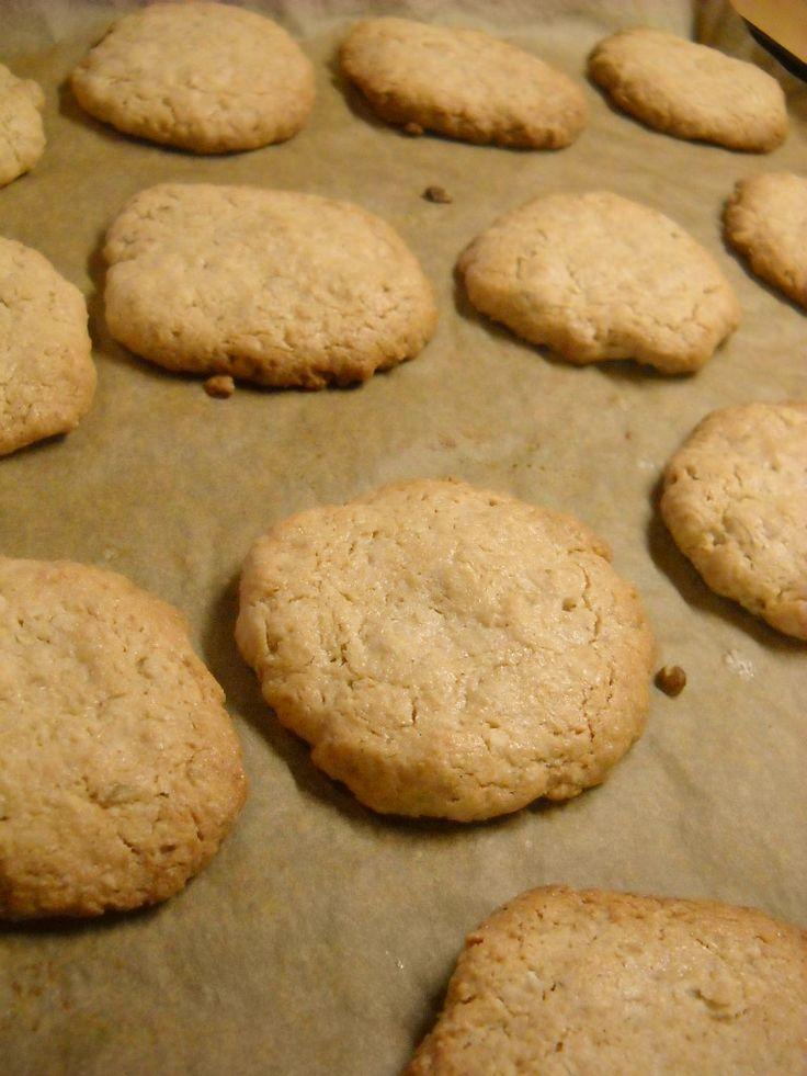 μπισκότα με φιστικοβούτυρο και βρώμη