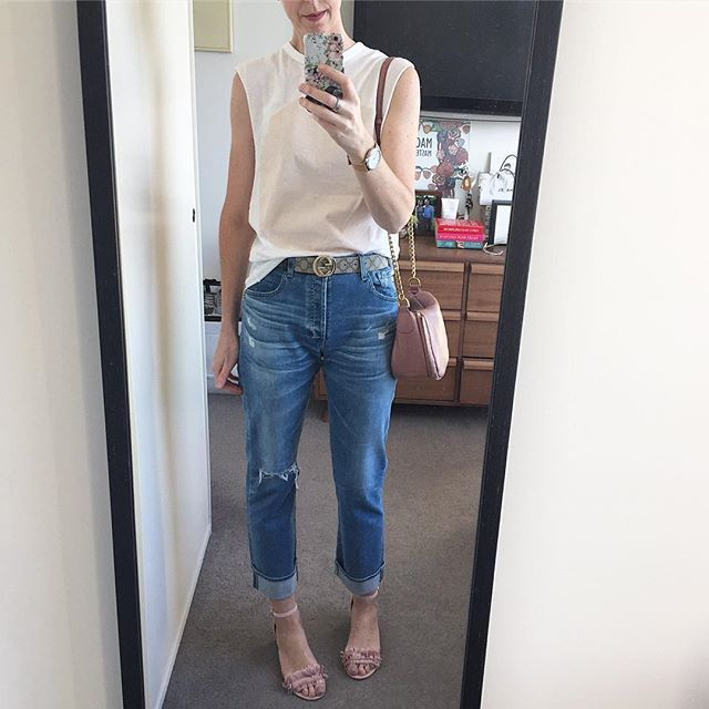 SCHOOL'S IN!  Off to teach a class for @lanewaylearning on how to dress for any age, any shape, for any occasion on any budget... If you missed out this time, I'll be doing more classes next year!  #lanewaylearning #personalstylist #fashionstylist #stylist #stylistformen #personalshopper #personalshopping #styledbysally #styling #shopping #styleadvice #styleconsultant #stylistmelbourne #melbourne #melbournecbd #inmelbcity #instastyle #instafashion #mystyle #melbmoment #40plusstyle…