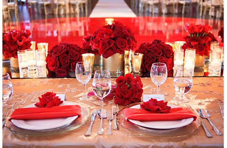 El 14 de febrero se aproxima y ya podemos sentir cómo el romance empieza a brotar desde todas las perspectivas. Para que lleves lo mejor de esta mítica fecha a ese día tan especial, te compartimos las mejores ideas de una boda en color rojo inspirada en San Valentín.