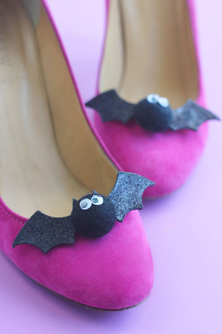 Craft My Flats: Bats - Damask Love