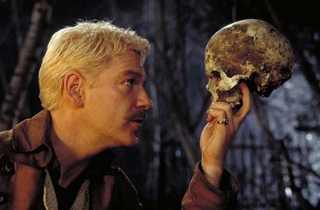 Repasa las 15 frases mas famosas de Hamlet, de William Shakespeare: Kennet Brannagh como Hamlet en la adaptación al cine de 1996