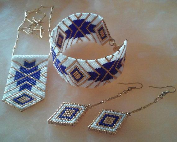 Peyote necklace-bracelet-earring beaded by ANASIS on Etsy