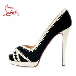 Chaussures Louboutin Noir/blanc Open-toes Plates-formes : I NEED those!!!!