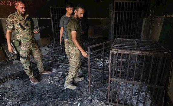 IS nás nutil jíst zvířecí výkaly. Bojovníci se schovávali v našich domech. Obyvatelé Mosulu popisují zkázu svého města