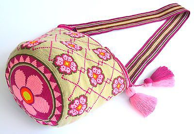 EXCEPTIONAL SINGLE THREAD WAYUU MOCHILA LARGE SIZE  HANDMADE CROSS BODY BAG