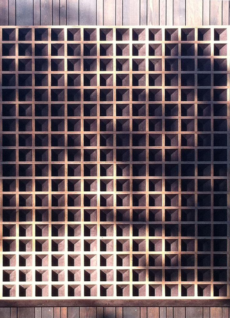 Waiatarua House - Oblique Screen - Monk Mackenzie Architects