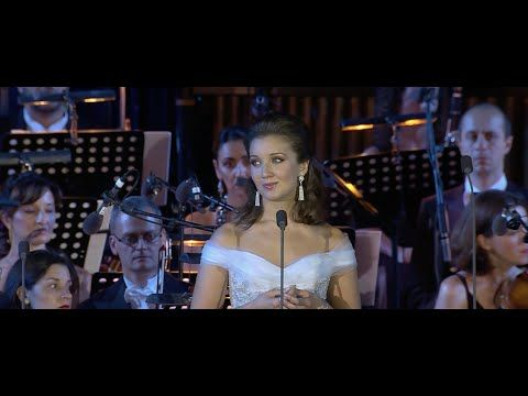 Carly Paoli - 'Ave Maria' - YouTube