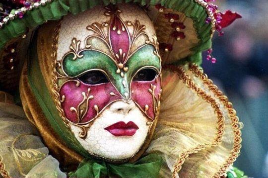 Masque floral - Carnaval de Venise sur L'Internaute Actualite Europe