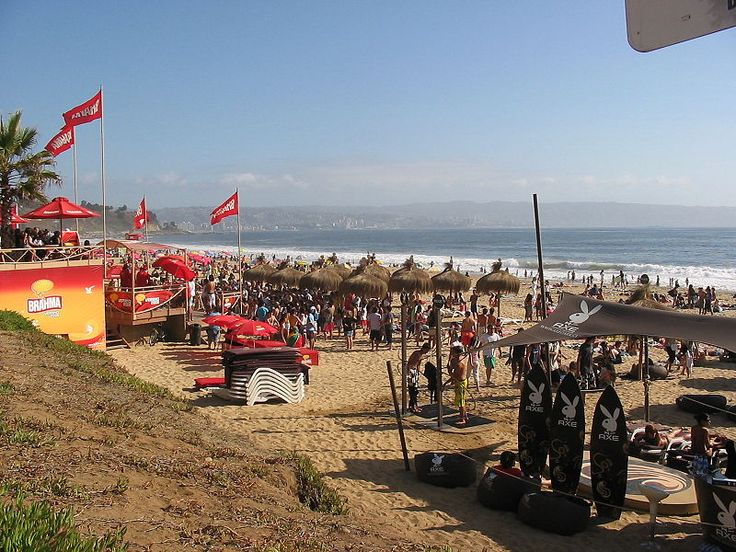 Reñaca beach is a popular balneario in Valparaíso Province,   A balneario is a Latin American seaside resort.   mail: info@minitrole.clcelular: +56 9 61531044 / +56 9 66293672 fanpage:https://www.facebook.com/mini.trole twitter: @MiniTrole_tours