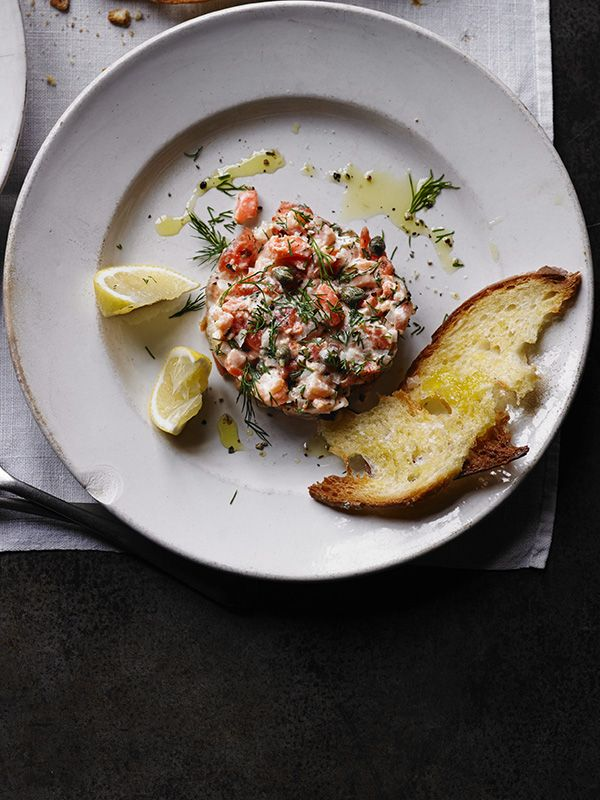 smoky salmon tartare with lemon and capers